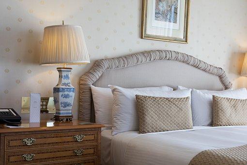 Каква е връзката между спалния комплект и качеството на съня ни?