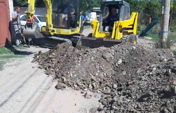 Услуги с мини багер гарантират направата на изкопи дори в трудни терени