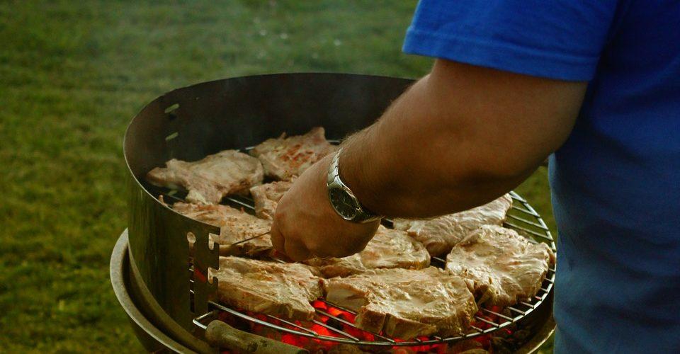 Каква е ролята на аксесоарите за барбекю